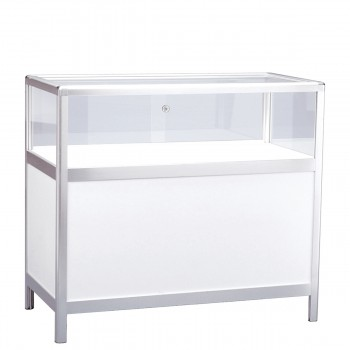 Table Showcase, white
